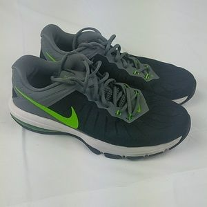 🔥🔥Sold🔥🔥Nike Air Max Full Ride Trainin Shoes